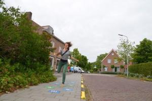 150613 Kerngroep in Middelburg, Lynn hinkelend